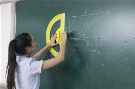 高三文科数学四点高效复习建议