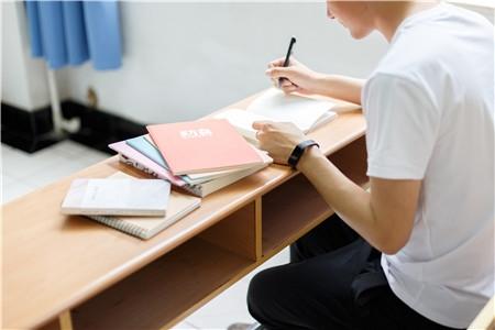 教育部印发《中小学少数民族文字教材管理办法》